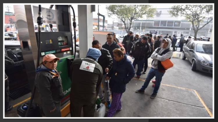 Locatel informará sobre gasolineras abiertas y cerradas en la CDMX: Sheinbaum