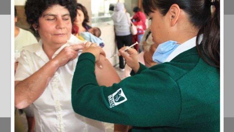 Seguro Social aplicará 97 mil vacunas a poblanos en Semana de Salud
