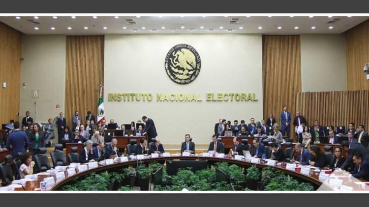 INE ha entregado constancia a 69 organizaciones aspirantes a partido