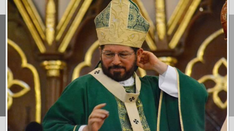 Las mujeres perdieron glamour, ahora parecen varoncitos: arzobispo de Xalapa