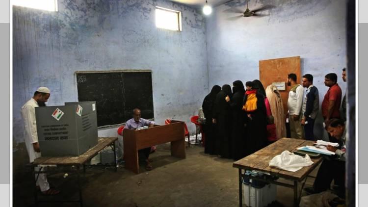 Inician elecciones en India y violencia deja cuatro muertos