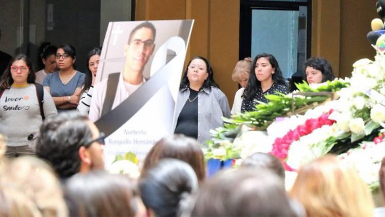 Restos de Norberto Ronquillo, estudiante asesinado en la CDMX, llegan a Chihuahua