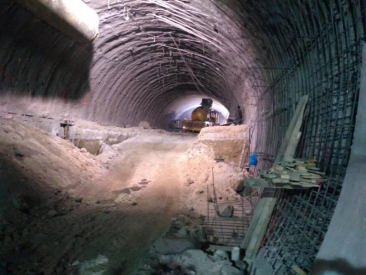 Frenan obras en la Línea 12 del Metro tras ola de sismos en CDMX