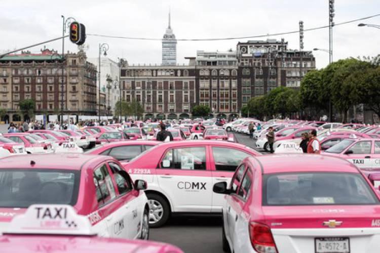 Sheinbaum anuncia creación de base de datos de choferesde taxi