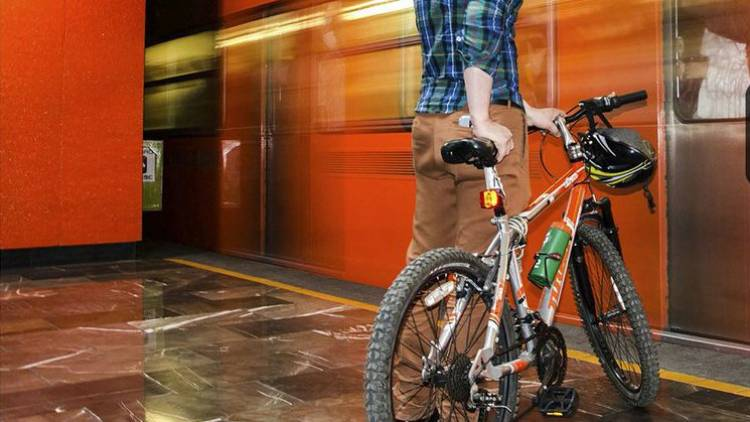 Bicicletas viajarán todos los días en el Metro