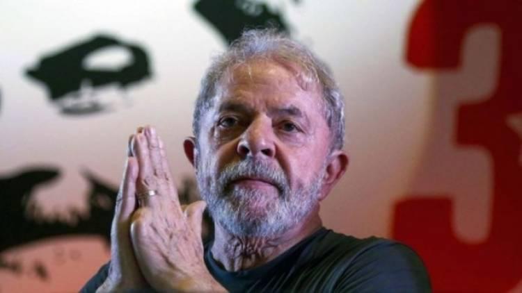 Liberan a Lula da Silva, expresidente de Brasil
