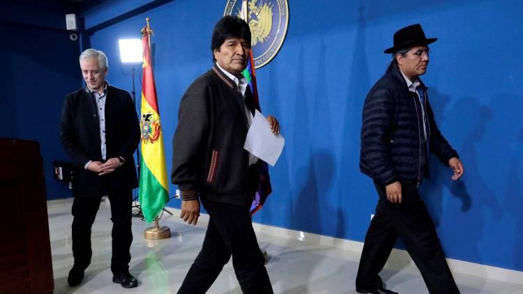 Evo Morales renuncia, denuncia golpe de Estado
