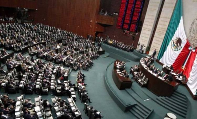 Diputados avalan reelección de legisladores