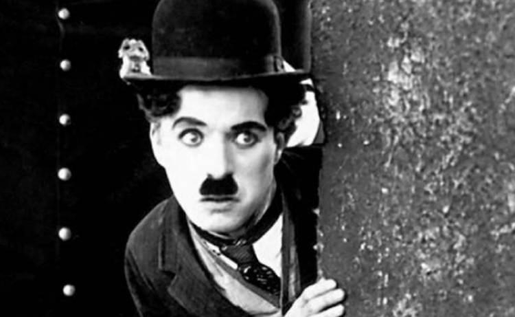 Un día como hoy nace Charles Chaplin