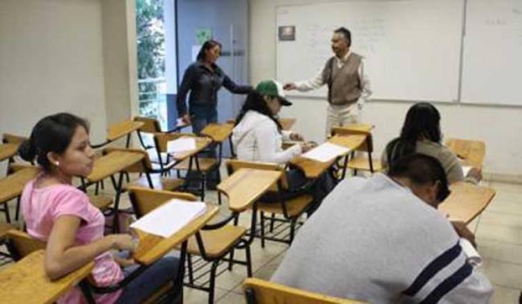 SEP estima deserción de 800 mil alumnos de bachillerato por pandemia