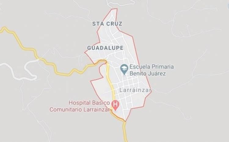 Pobladores prenden fuego a casa del alcalde de Larráinzar, Chiapas