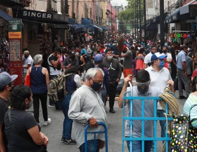 Consumidores abarrotan el Centro Histórico