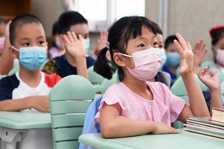 Así comienza el regreso a clases en China
