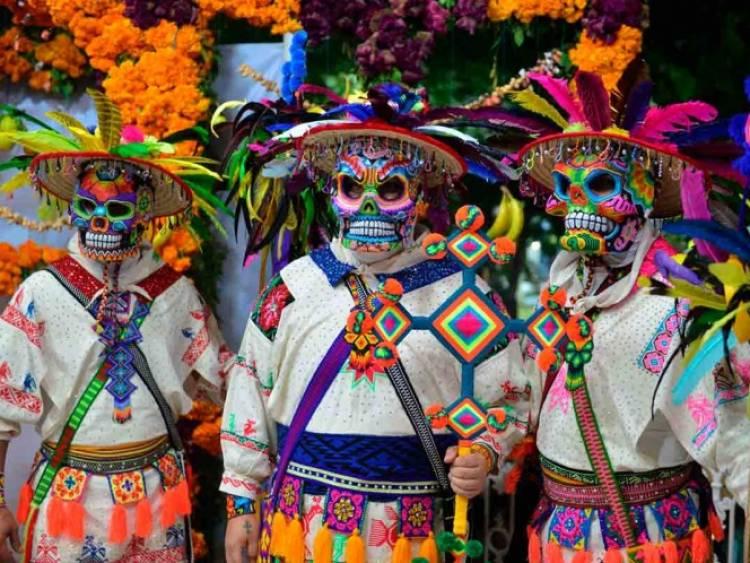 Suspenden festividades de Día de Muertos de Xantolo en la Huasteca