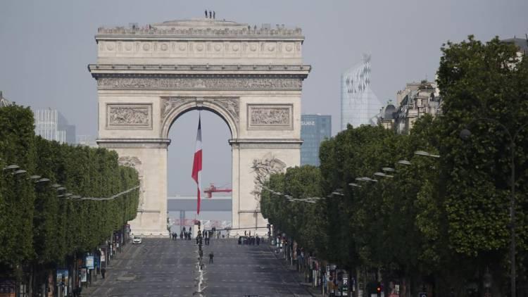 Más de 10 senadores contagiados por Covid-19 en Francia