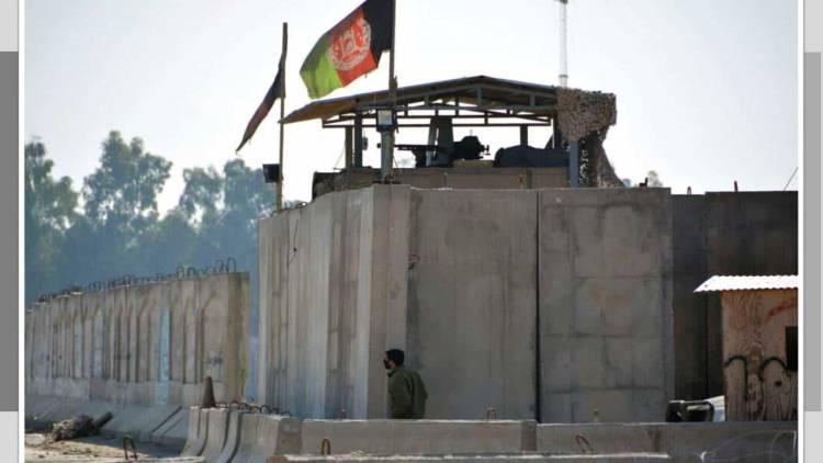 En Afganistán explosión suicida cerca de aeropuerto mata a 17