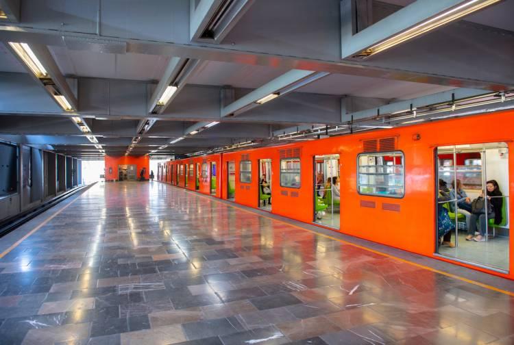 En 2020 bajaron 40.6% ingresos propios del Metro