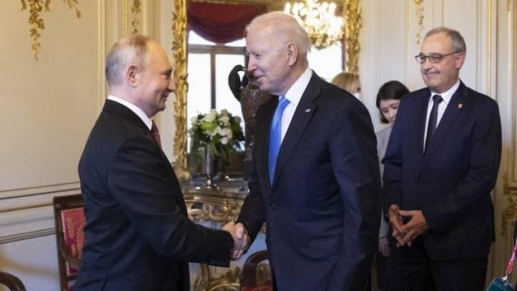 Relación EU-Rusia tienen muchos asuntos pendientes, dice Putin a Biden