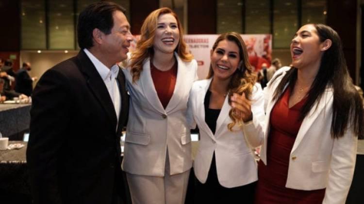 Se reúnen gobernadores electos de Morena con Mario Delgado y legisladores